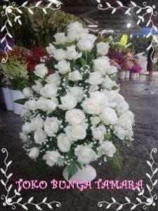 bunga meja depok